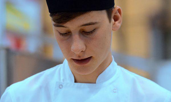 Ristorante PesceAzzurro cerca un cuoco