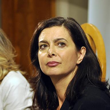 Laura_Boldrini-com-stampa