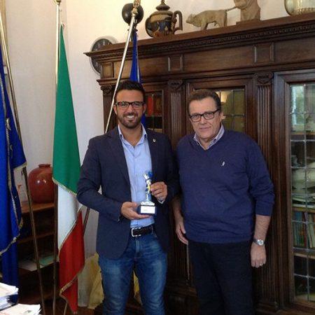 Ristorante PesceAzzurro onora il sindaco di Cervia e la sua comunità